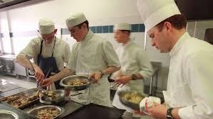 ecoles de cuisine ils délaissent la fac pour les écoles hôtelières le figaro etudiant