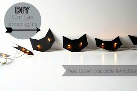 nostalgiecat easy halloween diy cat eyes string light