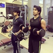 top fitness freaks pakistani celebrities