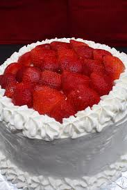 sucre bleu triple layer tres leches cake with strawberries