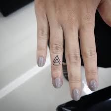 64 bold different finger summer ideas triangle