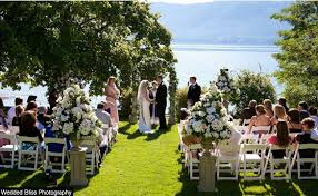 wedding arch kelowna wedding planners kelowna