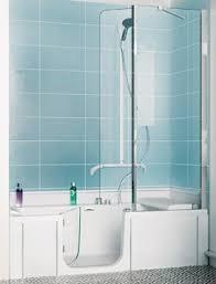 si e baignoire personnes ag s duo de kinedo une baignoire pour toute la famille