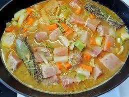 cuisiner des navets blancs porc ou boeuf mijoté avec carottes poireaux et navets la