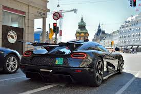koenigsegg one 1 crash koenigsegg one 1 on the streets of copenhagen loud sounds start