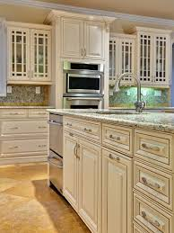 Cabinet Glazing by Off White Cabinets In Kitchen Kitchen And Decor