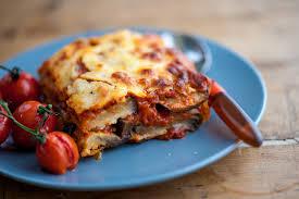 cuisine aubergines aubergine parmigiana recipe recipes great chefs