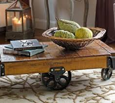coffee table accents to decorate your coffee table