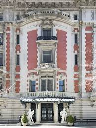 pre war architecture beaux arts style new york grand mansion on fifth avenue