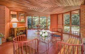 Frank Lloyd Wright Home Interiors 5 Frank Lloyd Wright Houses For Sale