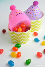 Easter Decorations With Plastic Eggs the 25 best plastic eggs ideas on pinterest plastic egg crafts