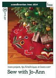 Quilted Christmas Tree Skirts To Make - 128 best christmas tree skirts images on pinterest christmas