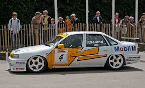 opel calibra race car vauxhall vectra race car pinterest cars and general motors