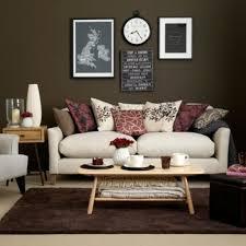 Wohnzimmer Schwarz Grau Rot Wohnzimmergestaltung In Beige Braun Fair Schn On Wohnzimmer
