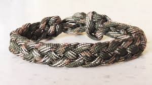 paracord woven bracelet images How to make a four strand braid paracord survival bracelet jpg