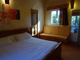chambre d hote 駱is les chambres d hotes au bois fleuri莱斯伯瓦斯弗洛里酒店预订 les