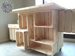 bureau nomade bureau nomade réalisé à partir des caisses simply a box coloris