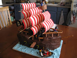 pirate ship cake lessons from a pirate ship cake starlighting mamastarlighting