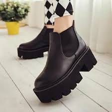 buy boots worldwide shipping 82 best shoes images on shoes fashion and