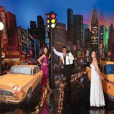 New York Themed Centerpieces by Live From New York Prom Theme Prom Nite