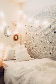 Bohemian Bed Decor 26 Best by Best 25 Indie Bedroom Decor Ideas On Pinterest Indie Bedroom