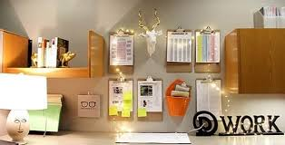 Cubicle Decoration Themes For Christmas And New Year by 54 Ways To Make Your Cubicle Less