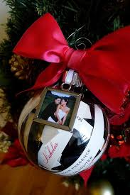 of ways to use ornaments for your wedding 2