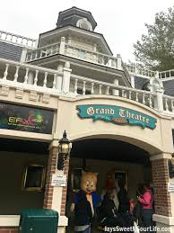 Where Is Six Flags America 8 Tips For Rainy Day Fun At Six Flags America Jays Sweet N Sour Life