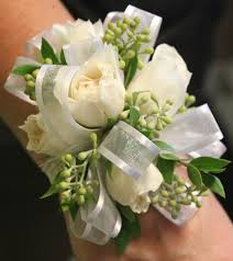 wrist corsages for homecoming 48 best prom wedding snowcoming homecoming flowers images on