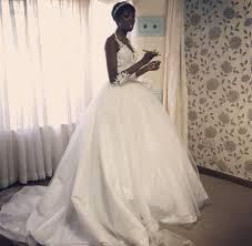 bride wars wedding dress 7 amazing photos of adelle onyango u0027s wedding dress that has left