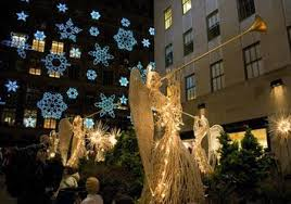 saks fifth avenue lights video of saks fifth avenue new york christmas