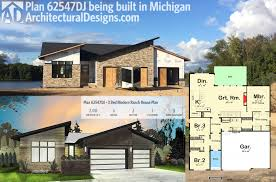 plan 62547dj 3 bed modern ranch house plan architectural design