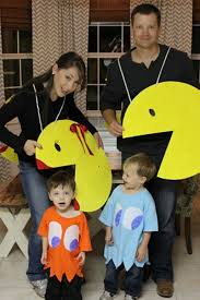 12 scarily good halloween costumes you can make with your family