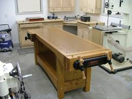 red oak woodworking bench by thequetip lumberjocks com