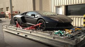 how to buy a lamborghini aventador this is how you pack a lamborghini aventador into a plane