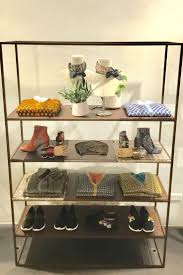 merchandise display case 6723 best innovative visual merchandising images on pinterest