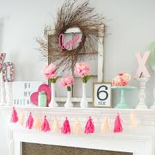 Decorate Mantel For Valentines Day by 250 Best Mantels Images On Pinterest Holiday Ideas Christmas
