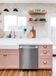 painting kitchen cabinets from wood to white painting kitchen cabinets can be scary these before and