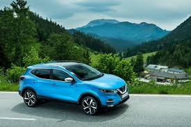 nissan qashqai panoramic roof 2018 nissan qashqai delivers all this and more carrushome com