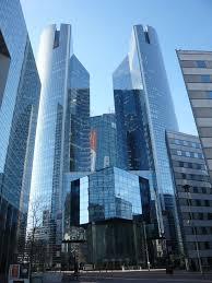 société générale siège la défense 1 7 milliards d euros de bonus radins les banquiers français