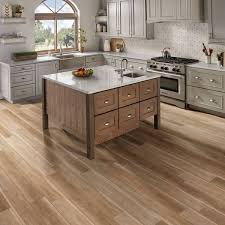 white kitchen cabinets with vinyl plank flooring luxury vinyl plank vs luxury vinyl tile flooring easy primer