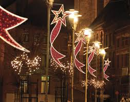 c7 vs c9 lights christmas decorations for city poles dekra lite commercial