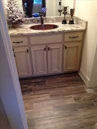Bathroom Wood Tile Floor Ceramic Tile That Looks Like Wood Style Selections Natural Timber