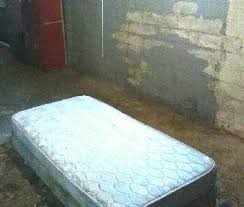 Beds On Craigslist Live Out Your Nightmares In This North Minneapolis U0027apartment U0027 On