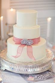 simple wedding cake simple wedding cake with rhinestone pin embellishment elizabeth