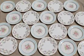 mismatched plates wedding mismatched vintage china dessert wedding cake plates pretty