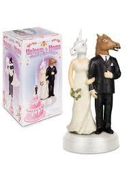 Wedding Cake Joke Alyce Paris Prom 12 Hilariously Funny Wedding Cake Toppers You