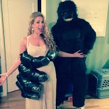 pregnancy halloween costume ideas for couples the best celebrity couples halloween costumes ever glamour