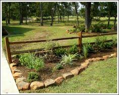 Rustic Landscaping Ideas For A Backyard Use Fencing For A Rustic Landscaping Look Landscape Rustic
