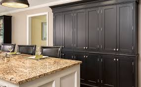 what color knobs on cabinets choosing the right hardware for your kitchen cabinets